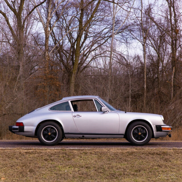 1977 Porsche 911 sunroof coupe