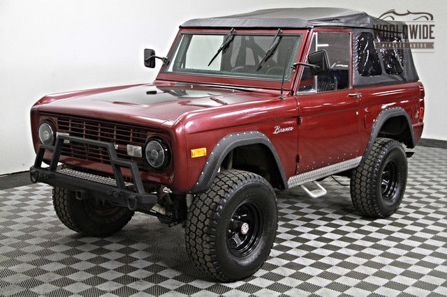 1977 Ford Bronco Front disc, 351 V8, Restored. Stunning.