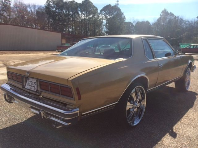 1978 Chevrolet Caprice Classic Landau Coupe 2-Door 5 7L DONK BOX for