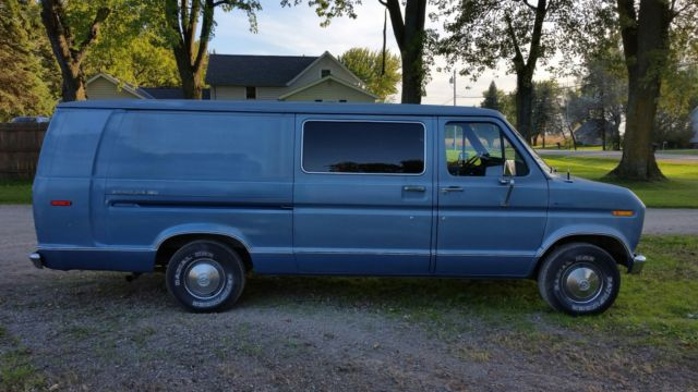 1978 Ford E-150 Econoline Chateau Extended Cargo Van 2-Door