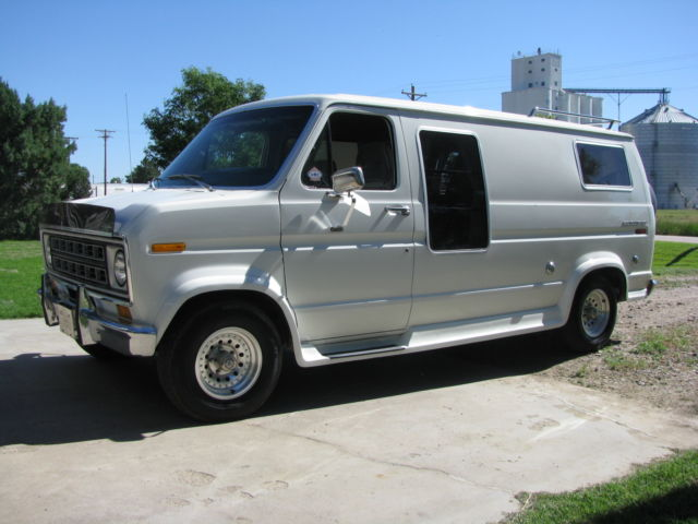 1978 Ford E-Series Van Converssion