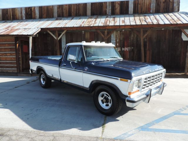 1978 Ford F-100 truck
