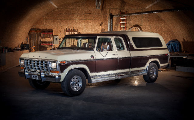 1978 Ford F-250 Lariat Camper Special