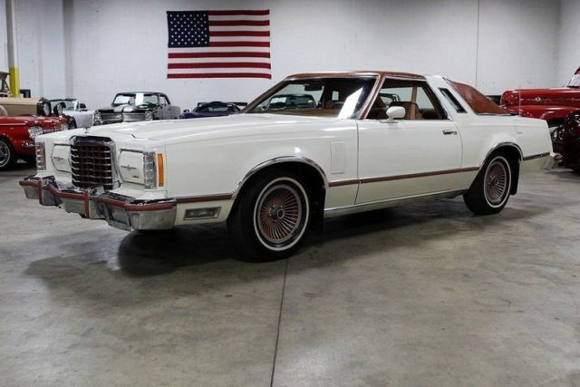 1978 Ford Thunderbird --