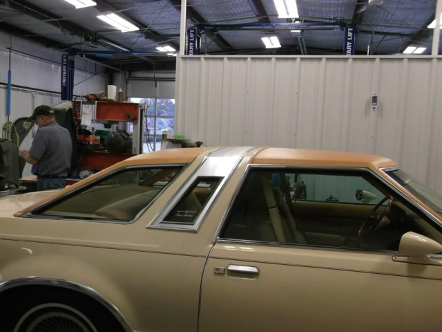 1978 Ford Thunderbird brown
