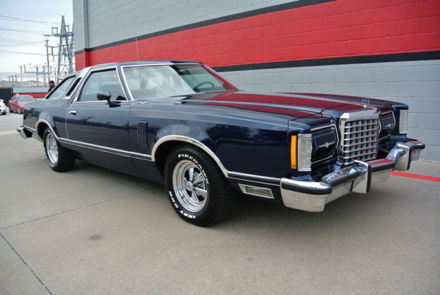 1978 ford thunderbird town landau clean car for sale photos technical specifications. Black Bedroom Furniture Sets. Home Design Ideas