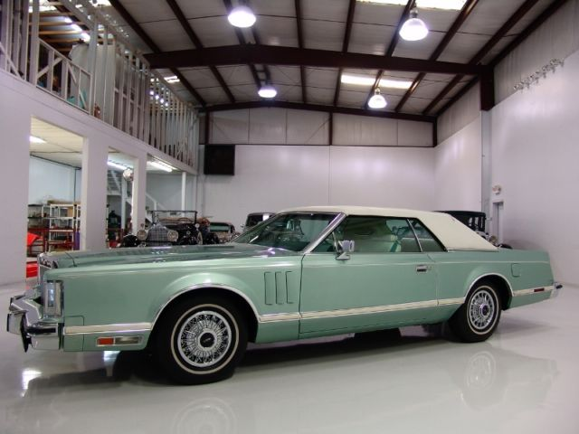 1978 Lincoln Continental Mark V 460-CUBIC-INCH V8! RARE CARRIAGE ROOF!