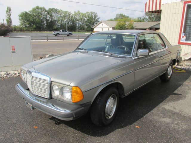 1978 Mercedes-Benz 300-Series 300 CD