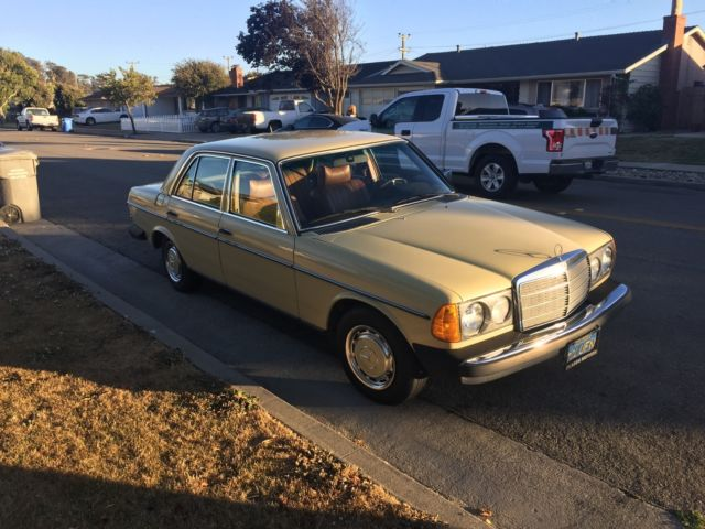 1978 Mercedes-Benz 300-Series