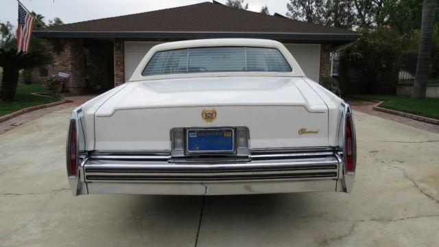Original Cadillac Fleetwood Brougham Delegance Sedan Door L