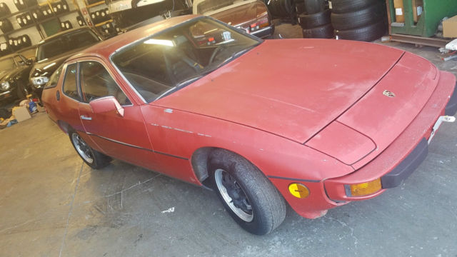 1978 Porsche 924 Base Coupe 2-Door