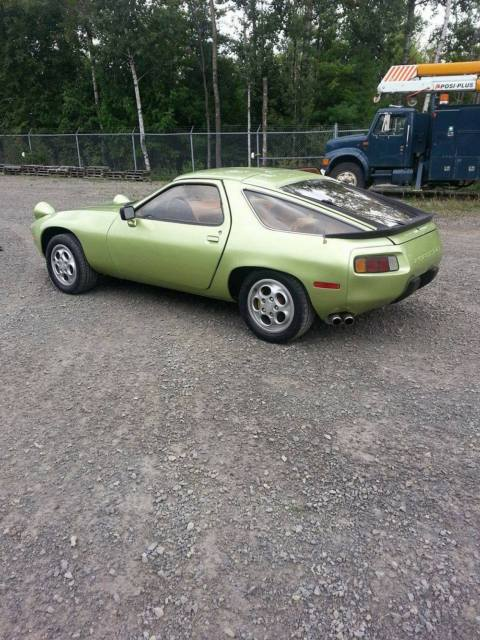 1978 Porsche 928 Base Coupe 2-Door