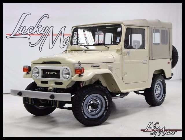 1978 Toyota Land Cruiser 4WD 4-Spd Super Clean
