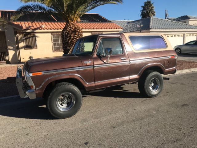 1979 Ford Bronco 2 DOOR