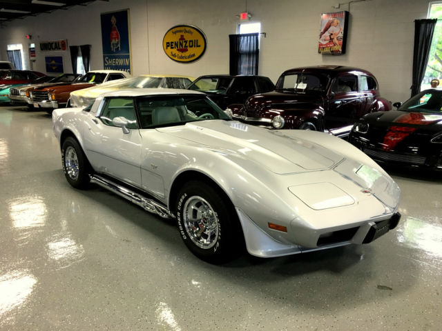 1979 Chevrolet Corvette 5 SPEED WITH AIR CONDITIONING