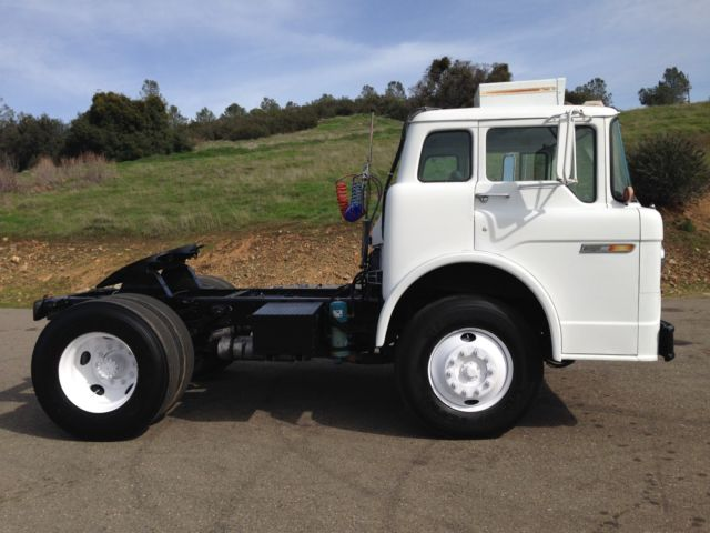 1979 Ford C Series C7000 Sel Toy Hauler Coe Cab Over