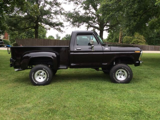 1979 Ford F 150 4x4 Short Bed Step Side Black Pickup Truck 4