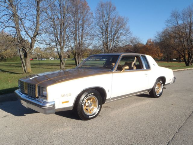 1979 Oldsmobile Cutlass Hurst Olds W-30 Cutlass Calais 442