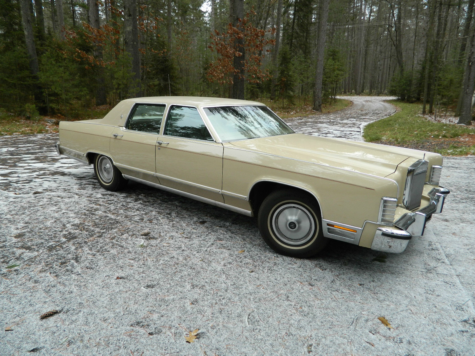 1979 Lincoln Continental town car
