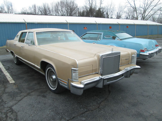 1979 Lincoln Continental Town Car Only 92349 Miles No Reserve