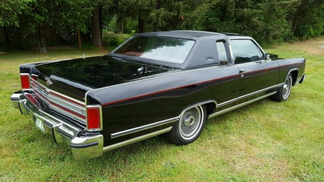 1979 lincoln continental town coupe showroom condition for sale photos technical. Black Bedroom Furniture Sets. Home Design Ideas