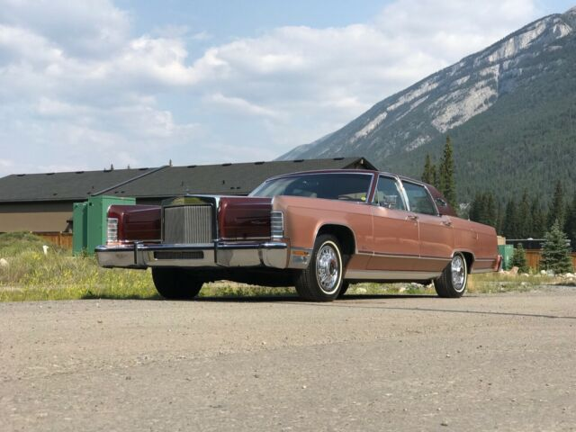 1979 Lincoln Continental Williamsburg Limited Edition