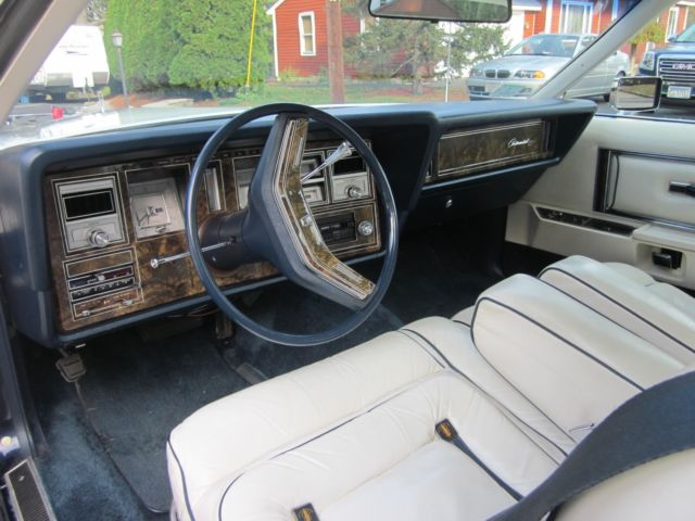 1979 White Lincoln Mark Series with White interior