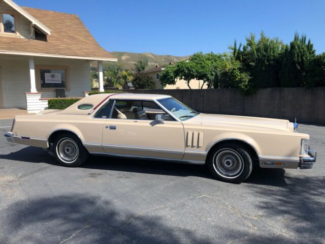 1979 Lincoln Mark Series Mark V Cartier Edition.