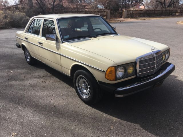 1979 Mercedes-Benz 300-Series --