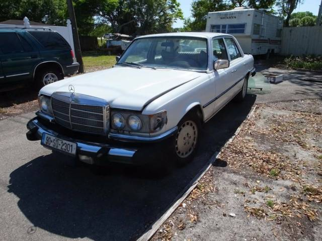 1979 MercedesBenz 300SD Turbo Diesel Base Sedan 4Door 30L for
