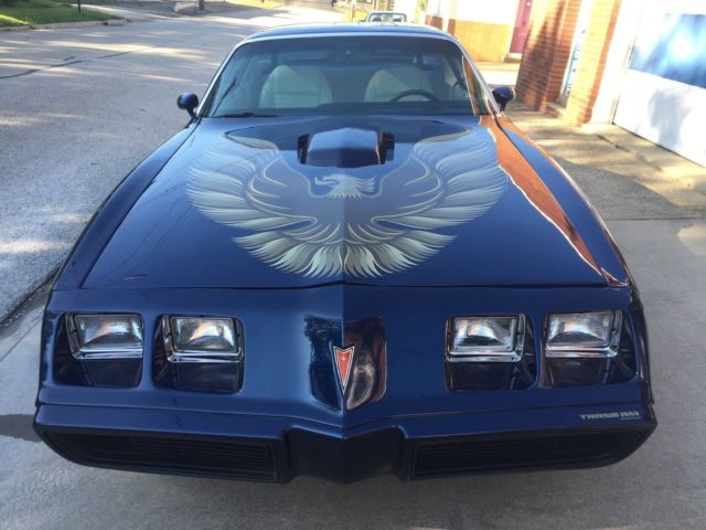 1979 Pontiac Trans Am 1979 Pontiac Trans Am 6.6 Litte V-8 T-Top 57K