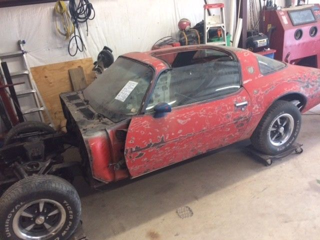 1979 Pontiac Trans Am Project Car With Lots Of Parts
