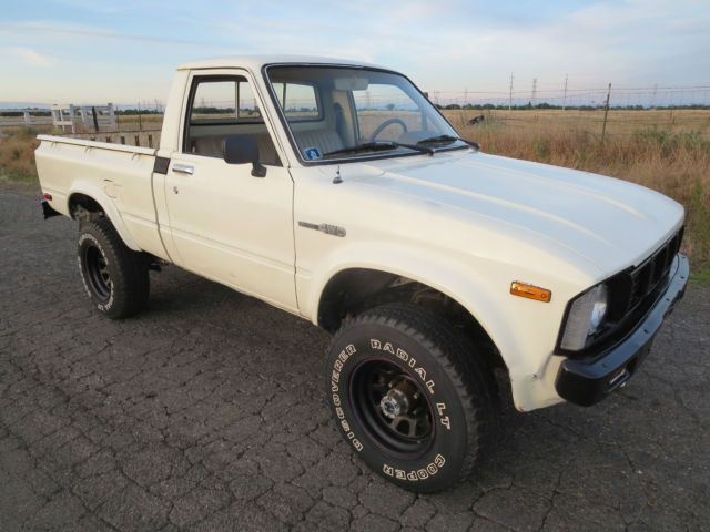 1979 Toyota Pickup Short Bed 4X4