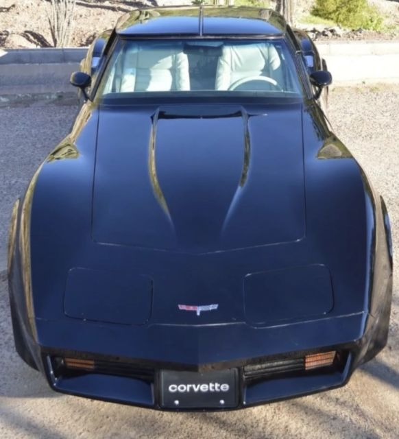 1980 Black Chevrolet Corvette Coupe with Oyster interior