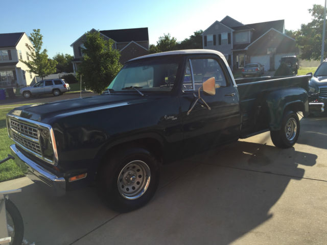 1980 Dodge Other Pickups CONVENTIONAL CAB WITH UTLINE BOX