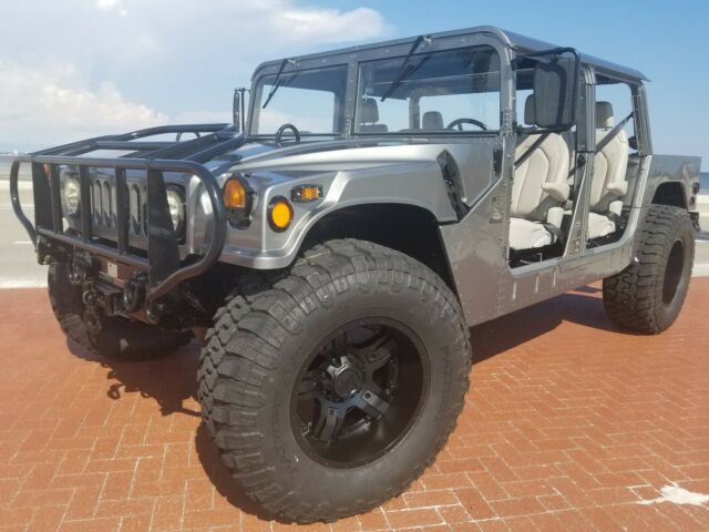 1980 Silver Hummer H1 m1025a SUV with Gray interior