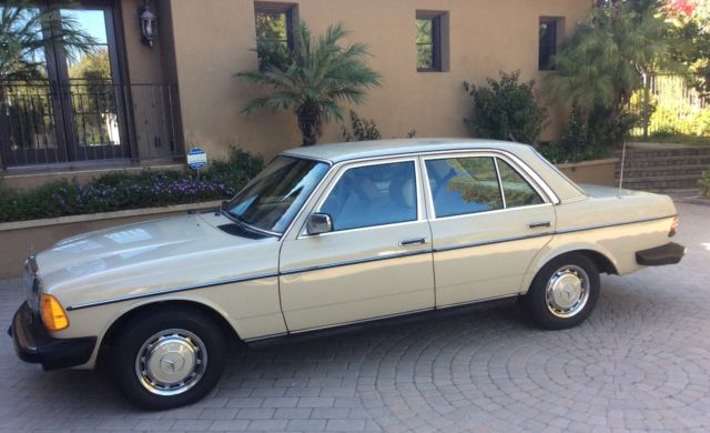 1980 Mercedes-Benz 200-Series 240-D