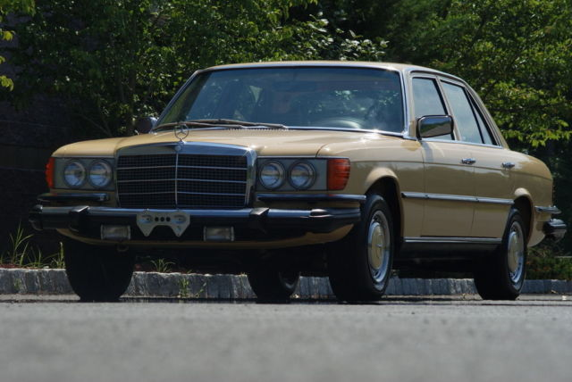 1980 Mercedes-Benz 300-Series 300 Series