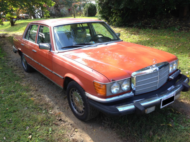 1980 Mercedes-Benz 300-Series