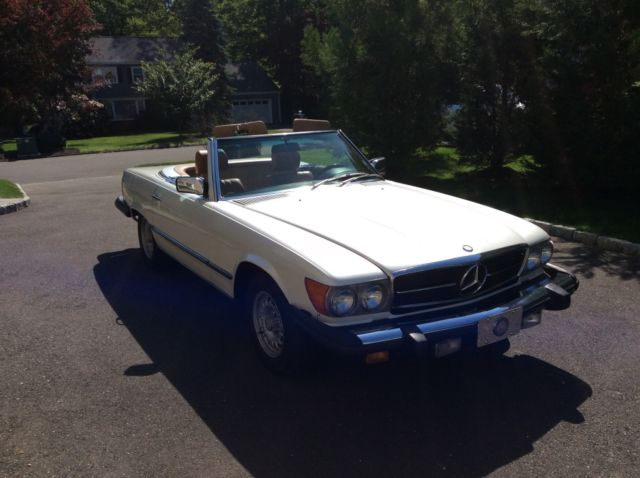 1980 Mercedes-Benz SL-Class 450SL convertible with removable hardtop