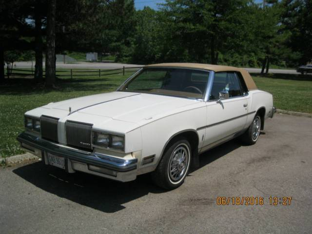1980 Oldsmobile Cutlass Salon