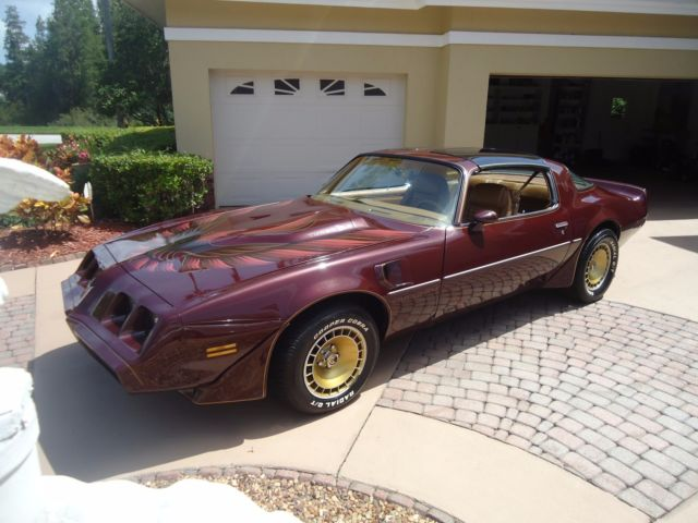 1980 Pontiac Trans Am burgundy