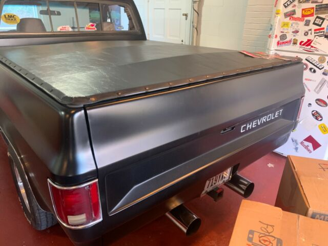 1980 Black Chevrolet C-10 Standard Cab Pickup with Gray interior