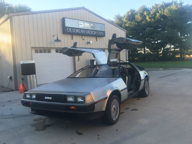 1981 DeLorean Grey