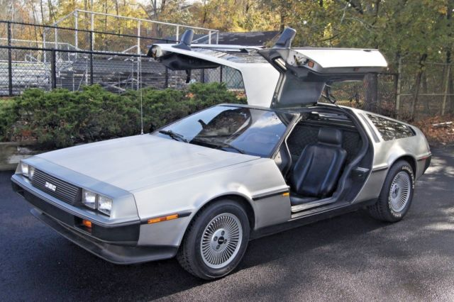 1981 DeLorean DMC 12 Base Coupe 2-Door