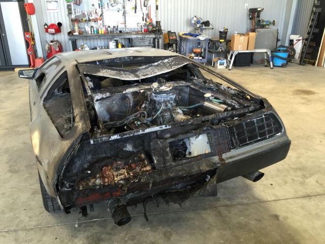1981 delorean dmc 12 show car fire damage rebuilt rebuildable for sale photos technical. Black Bedroom Furniture Sets. Home Design Ideas