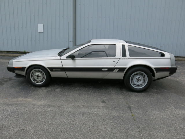 1981 DeLorean DMC-12 twin-turbo coupe