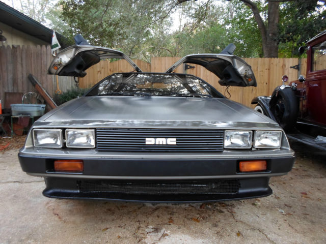 1981 DeLorean 2 DOOR
