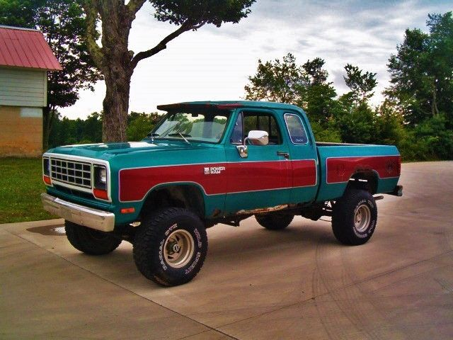 "Tire Patch Cost >> 1981 DODGE POWER RAM W150 CLUB CAB 4X4,SHORT BED,318 4BBL,4SPEED LIFTED 35"" TIRE for sale ..."