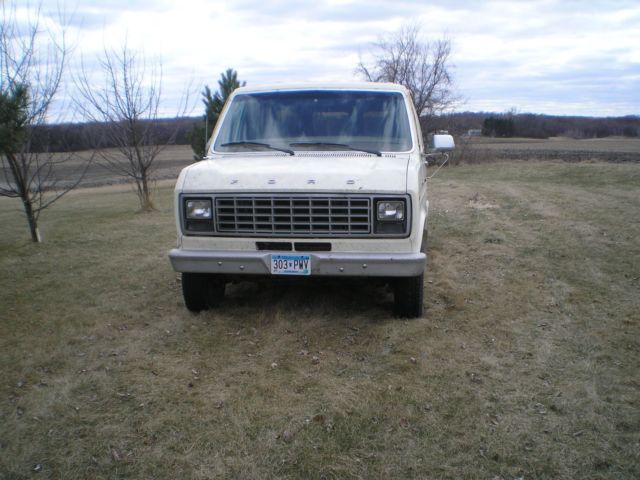 1981 Ford E-Series Van